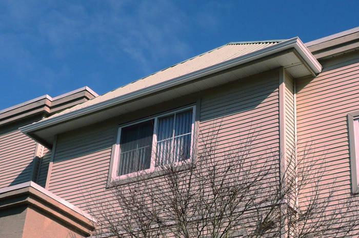 Canalones instalados en una vivienda