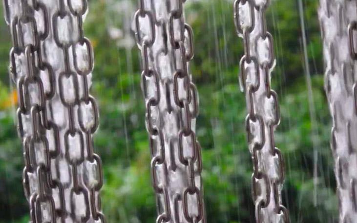 Cadenas de lluvia o kusari doi